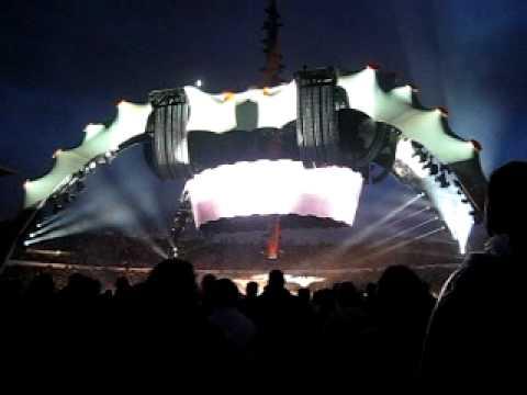 U2 - (New Song) @ Olympisch Stadion Helsinki