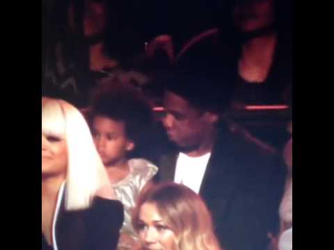Beyoncé's Daughter Blue Ivy Singing Flawless At 2014 Video Music Awards (VMA)