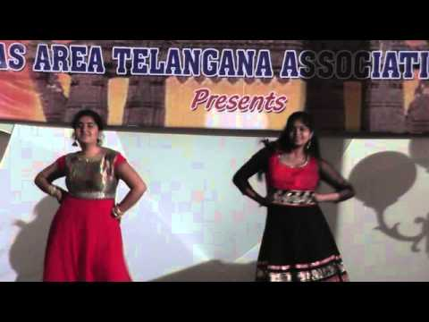 Megha Ganapuram and Amu Kundoor perform to Dolare.. and Ghagra...