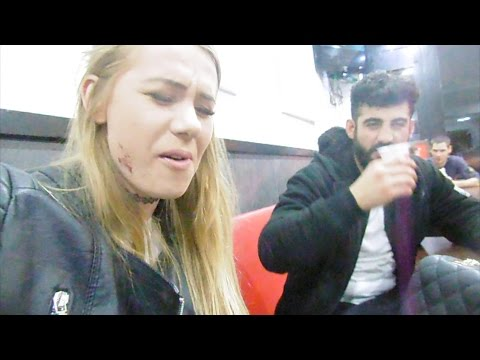DUTCH HORROR HOUSE & IVAN | VLOG 21 #NAOMIVLOGS