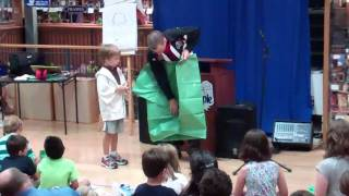 Tom Angleberger Creates Origami Yoda At Bookpeople 8/24/11