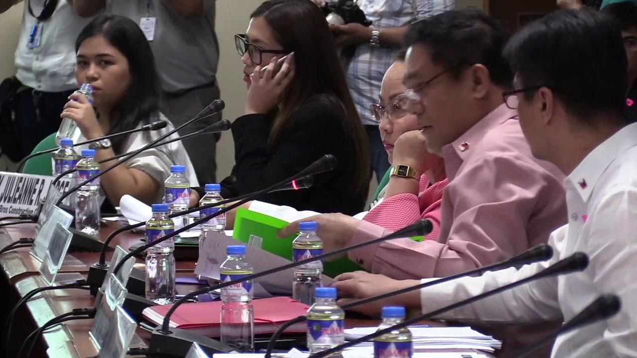 Senators find link between Dengvaxia, health station projects