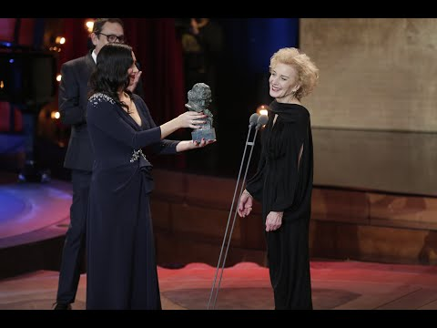 Marisa Paredes recibe el Goya de Honor 2018