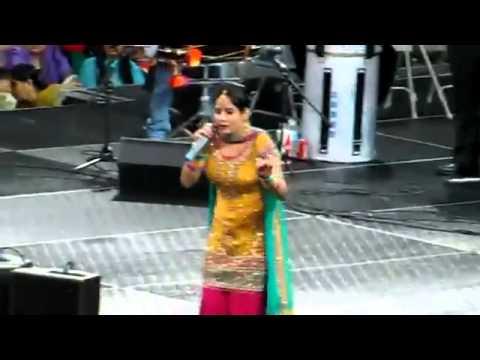 Sexy Chamari Miss Pooja video