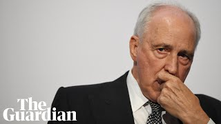 Paul Keating holds court at Labor conference, calling Morrison 'a fossil with a baseball cap'