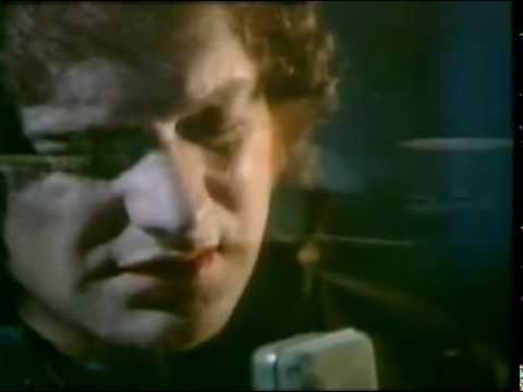 I Want to know what love is - Foreigner (HD)