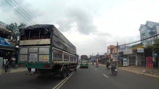 Tổng hợp : Lái xe tải phải có máu liều ?