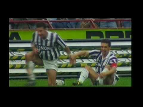 Roberto Baggio - Best Of | Tribute to the greatest soccer player in the world! Video