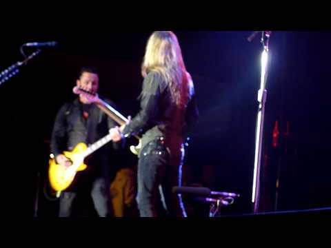 Alice in Chains with Mike McCready - Rooster - Bilbao BBK Live 09/07/2010 [HD]