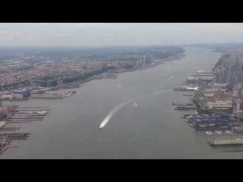 Helicopter over Hudson river.На вертолете над рекой Гудзон.Манхеттен.Нью-Йорк