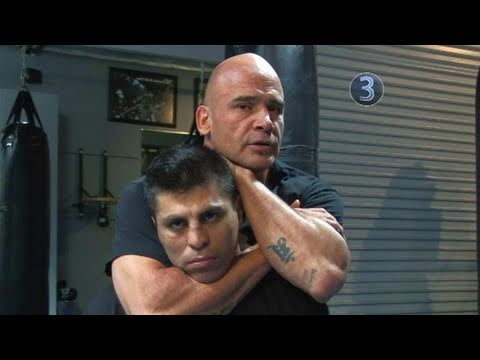 How To Perform Bas Rutten's Rear Naked Choke Image 1