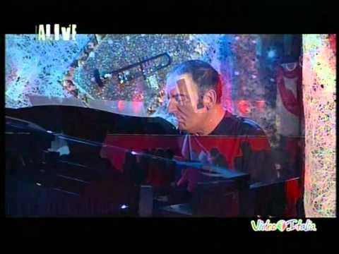 LA RONDINE live a RADIOITALIALIVE (PIANO/VOCE)