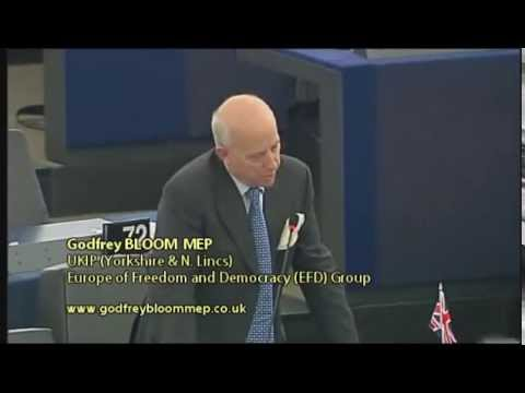 The whole banking system is a scam - Godfrey Bloom