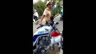 CSGT Tuy Hòa Phú Yên, đi làm không mang bảng tên