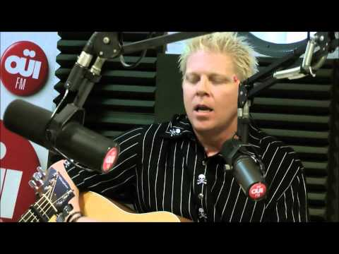The Offspring - Days Go By (Live Acoustic @ OÜIFM)