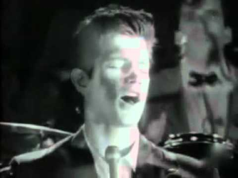 Chris Isaak Blue Hotel 1987 Official Video