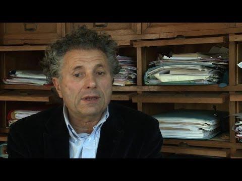 Enregistrements: Buisson va porter plainte pour vol et recel
