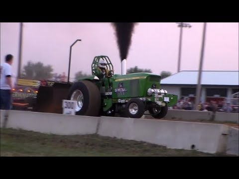 4 1 Limited Prostock Tractors in Marengo, IA 8/24/2013