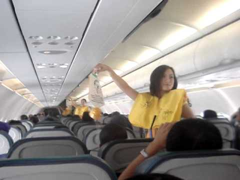 Thumb Cebu Pacific flight attendants dancing with Lady Gaga, Katy Perry songs