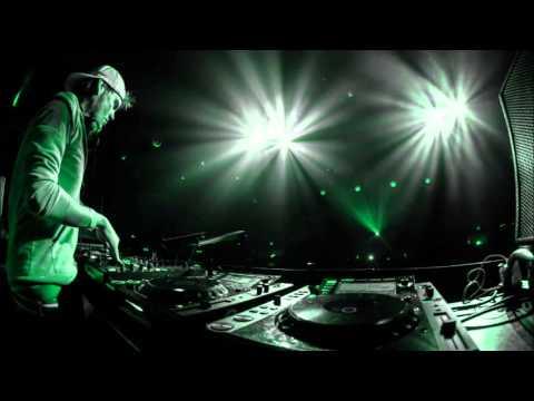 Avicii ft Alesso - ID (Radio Rip)