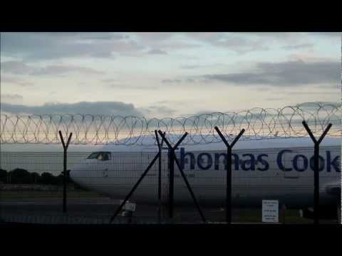 Landings and Take Off at Manchester Airport Hotel