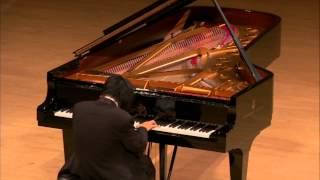 Pianist In Tears Most Moving Piano Performance