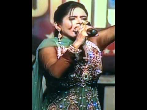 Bole So Nihal By Miss Pooja (ptc Channel)at Khalsa College Amritsar video