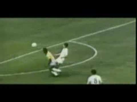 Only 30% of Sir Pelé's Career on Video ! Video