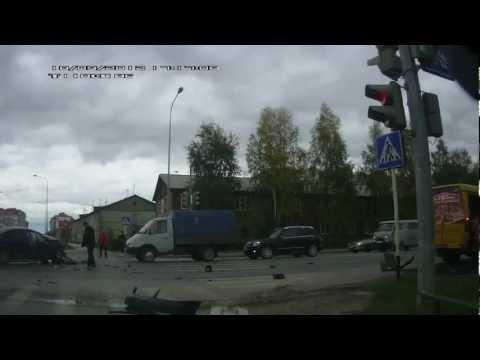 ДТП Ханты-Мансийск 18.09.2012 [3 ВИДЕО]
