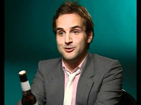Daniel Radcliffe drinking beer with reporter
