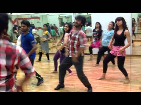 Saree Ke Fall Sa (learn Dance Steps) Devesh Mirchandani video