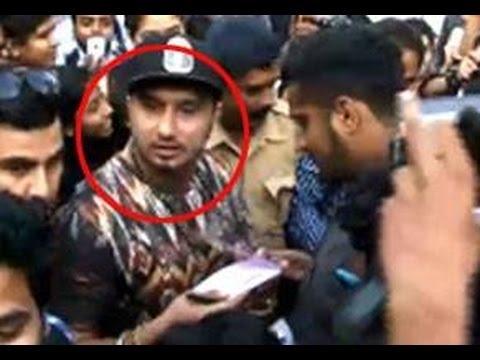 Yo Yo Honey Singh Fight With Badshah At Zorawar Punjabi Movie Trailer Launch