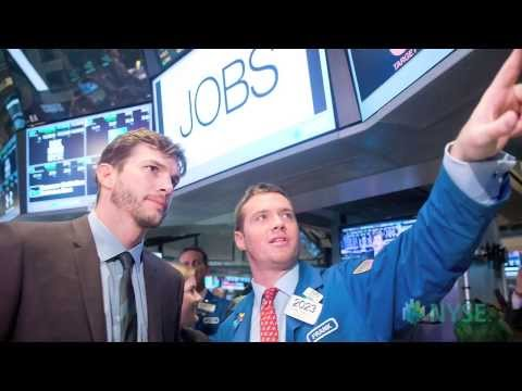 Ashton Kutcher Visits the NYSE to Highlight the Movie