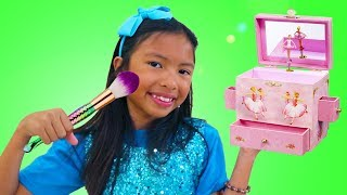 Wendy Pretend Play Cute Kids Makeover w/ Makeup & Ballerina Jewelry Box Girl Toys
