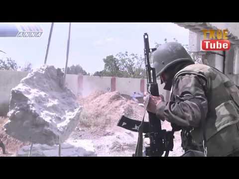 داريا : مشاهد حية من اقتحام عناصر الجيش العربي السوري لاحد اوكار الارهابيين — مترجم للعربية