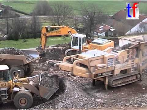 Komatsu WA470, Liebherr R 944B, Volvo A30C, Mobile Crusher / N 66, Rupt-sur-Moselle, France, 2006.