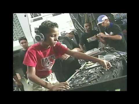 DJ Enderson  Fay lan de oro 2005.wmv