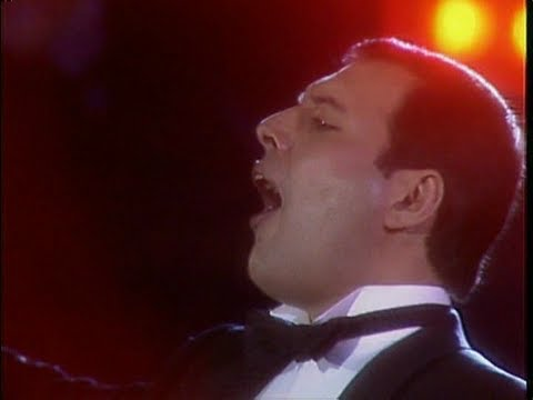 Freddie Mercury & Montserrat Caballé - How Can I Go On (Instrumental Version)