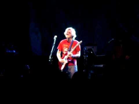 Transatlantic live in Milano, 17 May 2010 - Roine Stolt guitar solo