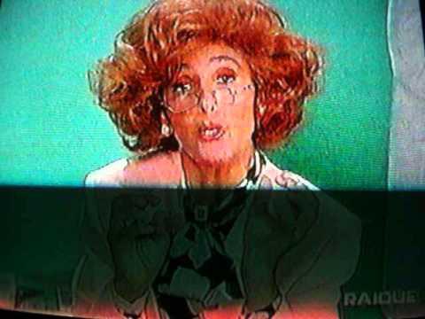 """Anna Marchesini è la sessuologa Merope Generosa, da """"La Posta del Cuore"""", RAI 2, (1998)"""