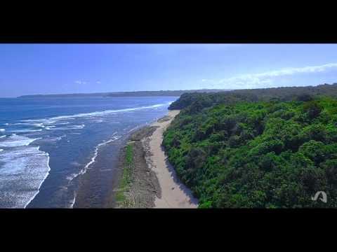 Video review beach Lahieha, Sumba Island, Indonesia