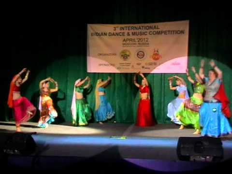 Dandia Dance from Non Bollywood Film - Dola Dola