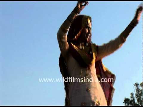 Bhangra and gidda dance in Punjab!
