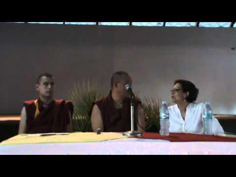 Primera Conferencia de Geshe Tenzing Managua Nicaragua 2011- Video Nº1
