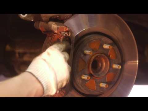 Замена тормозных колодок на ниссан патфайндер своими руками