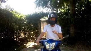 Mẹo nhỏ - Cách nhìn khi đi xe máy trên đường