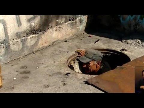 Hombre vive hace 4 meses en una alcantarilla santiaguina - CHV NOTICIAS