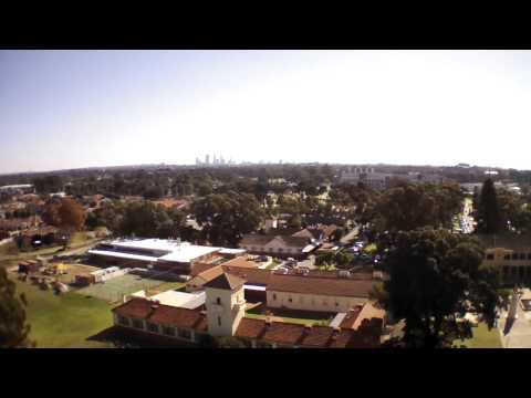 Parrot AR Drone 2.0 50 Meter high flight with wifi repeater