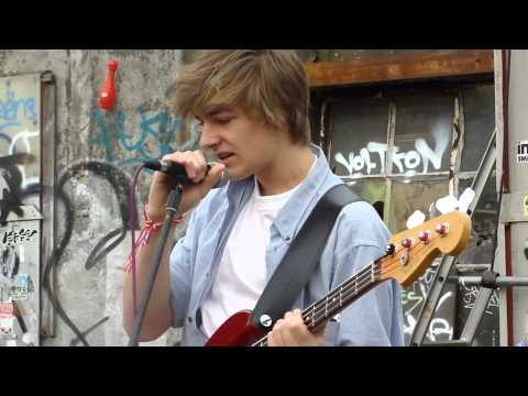 Queen&#039;s Day 2012 - Teen rockers - Merry Go Round