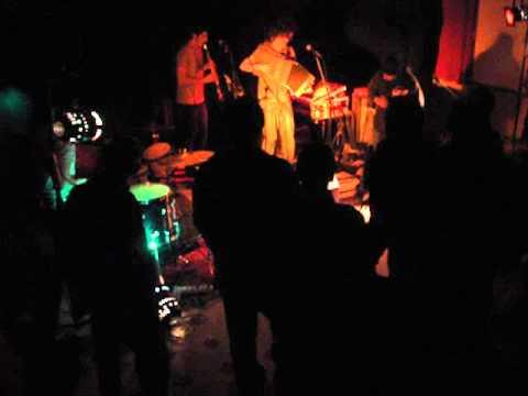 PTIBAR de NANTHIAT : le band  avec fran6hp décembre 2010.mpg
